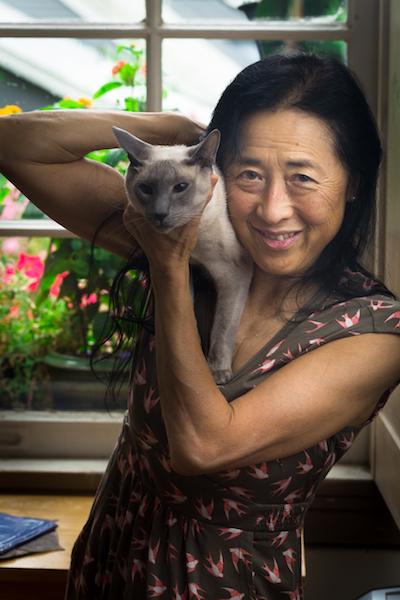 Photo of Kyoko Mori and a cat